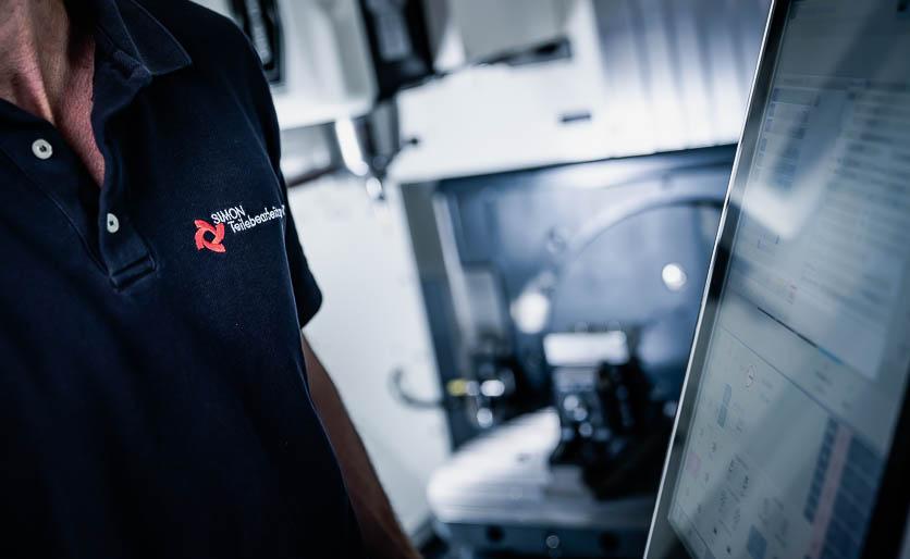 Zerspanungstechnik - CNC-Fräsen - 3-Achs 5-Achs - T-Shirt - SNZ GmbH & Co. KG - Wiehl